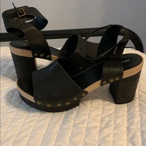Kelsi Dagger Farris Platform Sandals size 11
